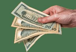 main tendant des billets $